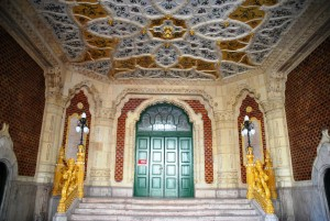 Museum of Applied arts with its Zsolnay majolica tiles - entrance